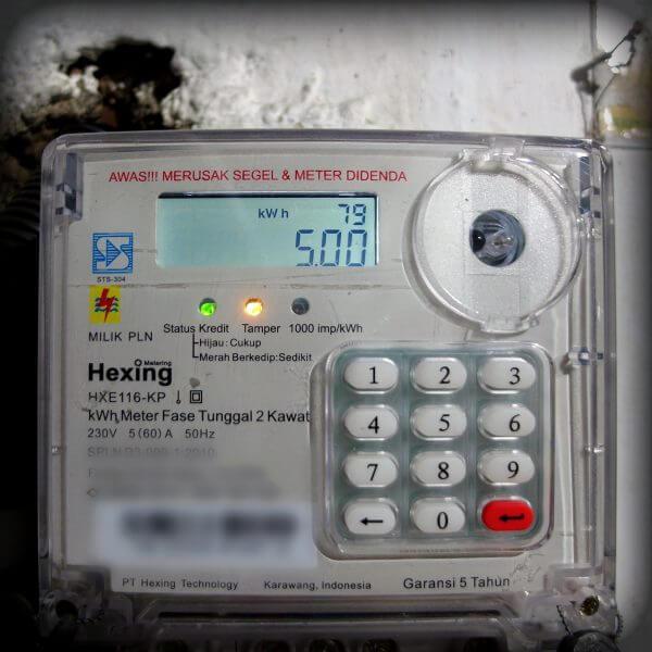 Tampil setelan angka batas kWh alarm - Cek batas minimal kWh alarm meteran listrik prabayar