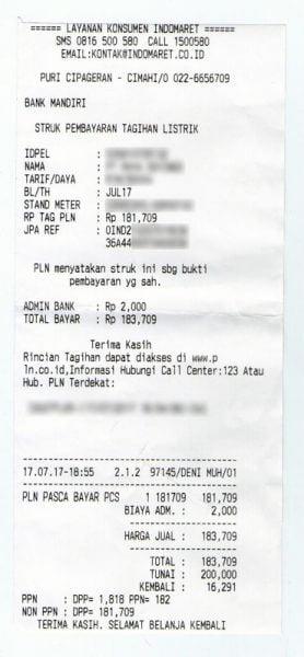 Struk pembayaran tagihan listrik di Indomaret